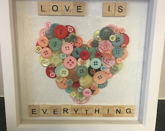 Personisled button heart frame