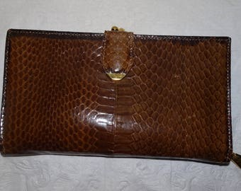 Vintage Bosca Italy Whipsnake Brown Clutch Kiss Lock Wallet