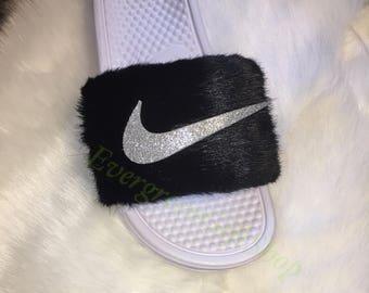 Nike Negro Y Cintas Para El Pelo Blanco Peludo