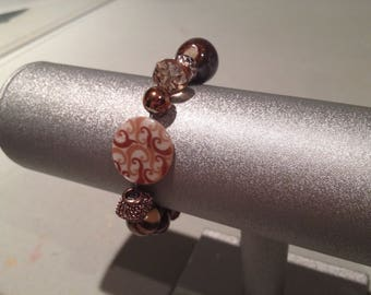Elegant Earthen Brown Stretch Bracelet