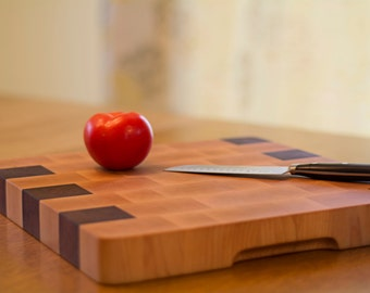 Cutting Board – Small Cutting Board, Walnut and Maple Wood