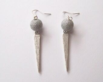 STARDUST - Triangle Dangle Earrings - Modern Geometric Jewelry