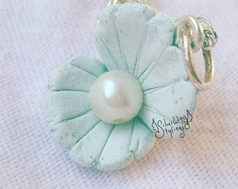 Ocean necklace with clam shell pendant