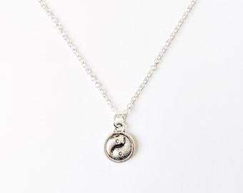 Dainty Yin & Yang Necklace