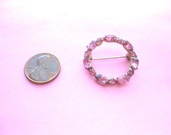 Vintage Pink Fashion Jewelry  Brooch Beautiful, Vintage,Fabulous Weddings Brides Maides Flower Girls Mother Daughters