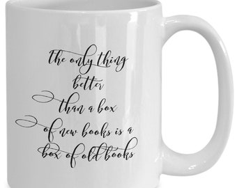 New books / old books - novelty coffee mug