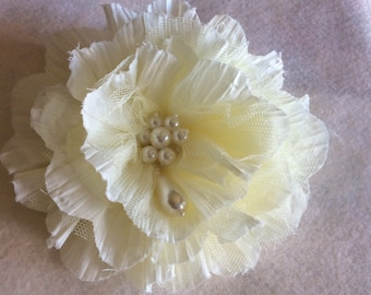 Large flower pin or clip