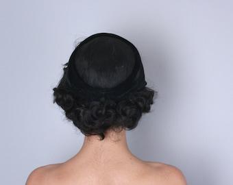 Vintage 1950s Hat | 50s Black Velvet Hat with Fishnet Mesh Crown