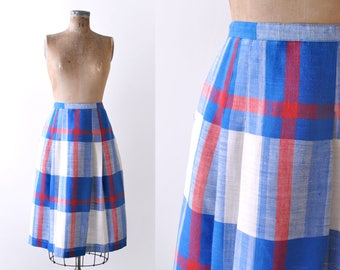 Vintage Red White & Blue Plaid Skirt. 70s. wool. 1970's pleated skirt. large.