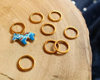 Dala Horse Stitch Markers for Knitting - Golden Closed Ring Markers - Knitting Notions - Stylize Enamel Horse Charm