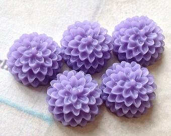 15 mm Lavender Resin Dahlia Flower Cabochons (.sm)