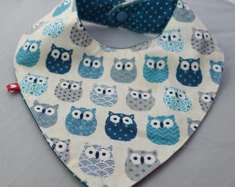 Blue owls pattern bandana bib