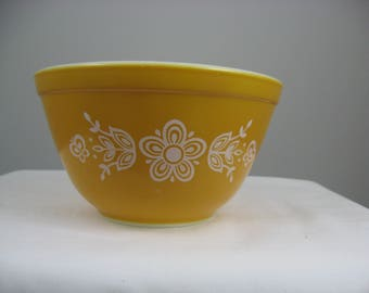 Vintage Pyrex Butterfly Gold No.1  401 Mixing Bowl 750 ML~1 1/2 PT Nesting