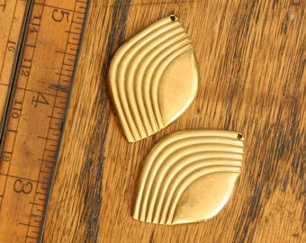 Vintage brass hollow textured cabochon. Leaf, diamond, abstract. Sold per pair. Beadwork, Jewelry making, Jewelry supply. Charms, pendants.