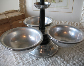Swivel aluminum condiment dish. 3 removable sections. Camping, picnic.