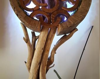 Sculpture en bois flotté,art en bois flotté,décor plage bois flotté,moderne,art déco,sculpture sur bois,moderne,ruban LED,verre de plage