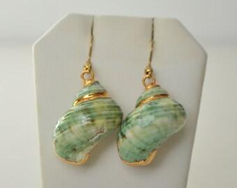 Gold Tone Green Sea Snail Shell Dangle Hook Earrings
