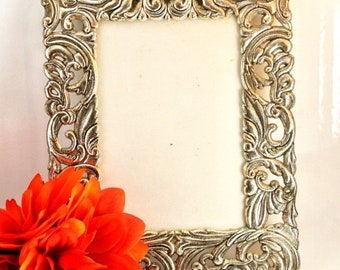 "Silver Tone Vintage Metal Picture Frame 8"" x 5 1/2"" Photo Frame Wall Photo Frame Vintage 80 Frame Rectangle Frame Metal Frame"