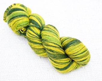1 ply Lace Weight Kauni Wool Yarn 8/1, Self Striping, Green Yellow Gradient