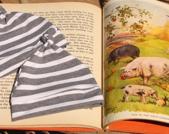 Gray Striped 0-3 Knot Hat