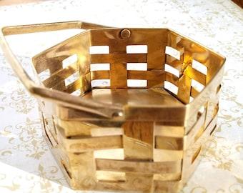 Brass Home Decor, Vintage Decorative Brass Weave Basket, Mid Century Brass Weave Basket, Made in India Brass, Vintage Home Brass Accents