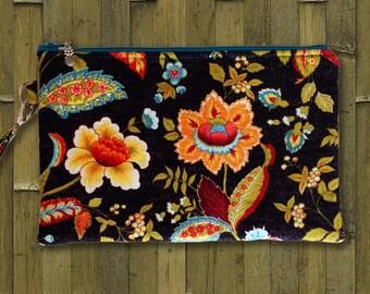 Clutch, Wristlet, Clutch Purse, Evening Bag, Bridesmaid Clutch, Zippered Bag in Midnight Flowers - Made in Maui