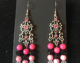 Pink/Black with clear crystal looking beaded earrings.