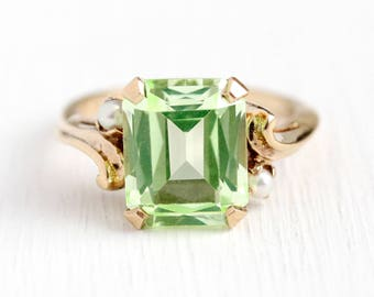 Sale - Created Spinel Ring - 10k Rosy Yellow Gold Synthetic Green Stone Cultured Pearls - Sz 7.5 Retro Emerald Cut StatementKSK Fine Jewelry
