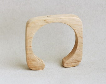15 mm Wooden bracelet unfinished square with break - natural eco friendly fe15