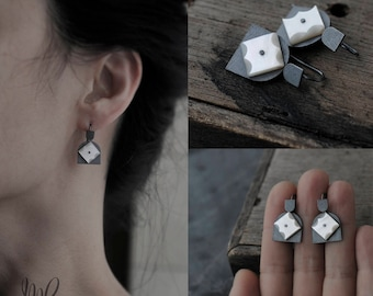 Totem Star Tulips Mother of Pearl oxidised earrings
