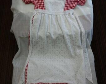 Lovely vintage little girl's handmade summer dress( size 10 youth / teen )