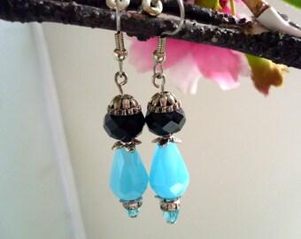 Romantic vintage inspired Downton abbey,   boucles d'oreilles vintage, boho chic earring  1920s boucles d'oreilles