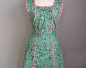 Green Apron - Pink and Green Apron - 1940s Style Apron - Retro Apron - Apron for Women - Floral Apron - Vintage Style Apron - Pinafore Apron