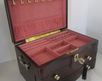 Vintage Wooden jewelry box with locking key jewelry tray and drawer top good condition  used