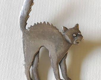 Vintage Scaredy Cat Brooch