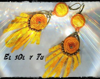 "SOLD - Earrings ""El sol y you"" thread - fabric (batik) shades of yellow - orange colored linen, orange leather and pearls"