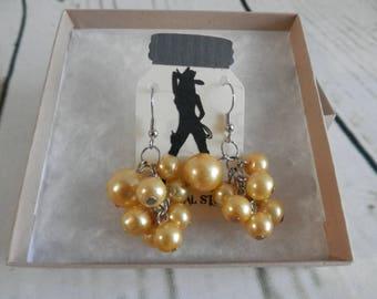 Boucles d'oreilles perles en cluster jaune