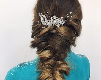 Winter wedding hair accessories, Hair comb silver, bridal hair piece, leaf crystal bridal comb