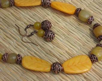 Golden Vision - Necklace and Earrings