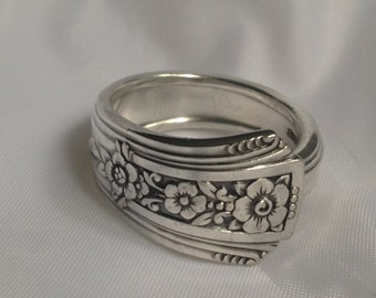 Spoon Ring Fortune 1932 Choose Your Size Vintage Silverplate Silverware Jewelry