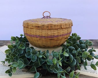 Vintage Wicker Round Sewing Basket With Lid / Seeing Basket / Wicker Basket / storage Basket