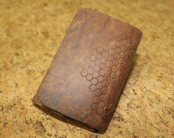 simple leather wallet - honeycomb print