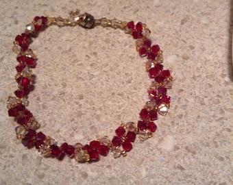 Beaded bracelet raspberry and clear