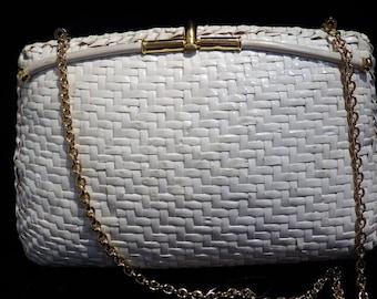 1960s KORET White Wicker Rattan Handbag Shoulder Bag Gold Chain Pillow Shape