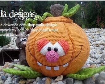 fillable pumpkin, crochet pattern by mala designs