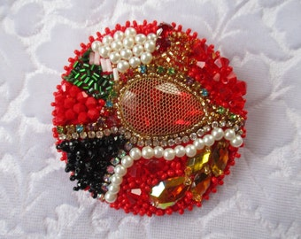 Beadwork Brooch Bead Embroidered Brooch Red round Brooch Bead Embroidery Valentine's Day Gift OOAK Ready to ship Unique brooch Anniversary