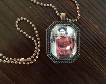 Simone de Beauvoir pendant necklace