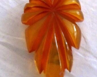Vintage 1930s Bakelite Clip Carved Apple Juice Translucent Art Deco Jewelry