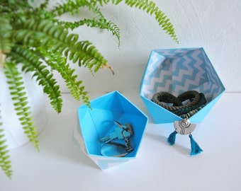two Scandinavian geometric pattern, Chevron blue and white Origami boxes