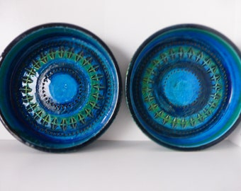 Two Beautiful Bitossi Bowls, Rimini Blue Ceramic Aldo Londi, Formnumber 742, Italy 1960.